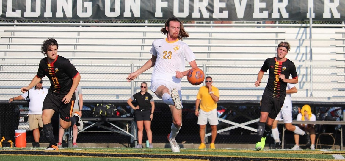 Men's Soccer Travels to Tiffin, Findlay as G-MAC Play Continues