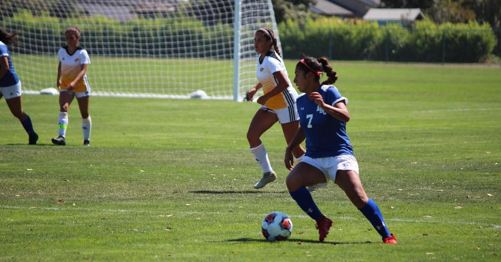 Women's Soccer Loses to Taft College 2-0 in Home Opener