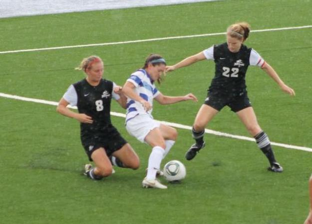 Women's Soccer Drops 1st Home Game, 2-1