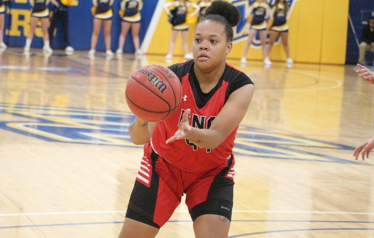 Women's Basketball Coasts Past Lesley, 102-27