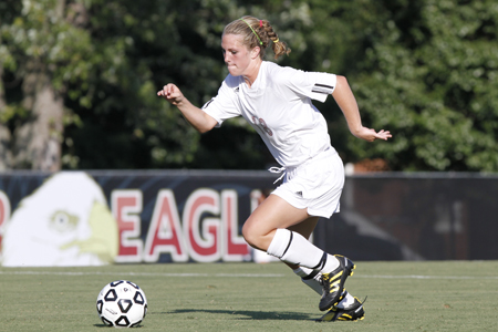 Women's Soccer to Host 2011 Prospect Camp