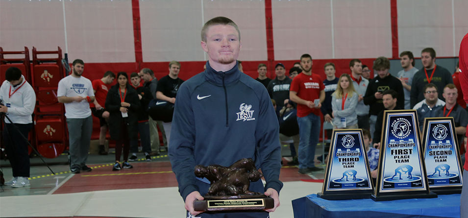 Dante Ginnetti won the 125-pound title and was named the Most Valuable Wrestler