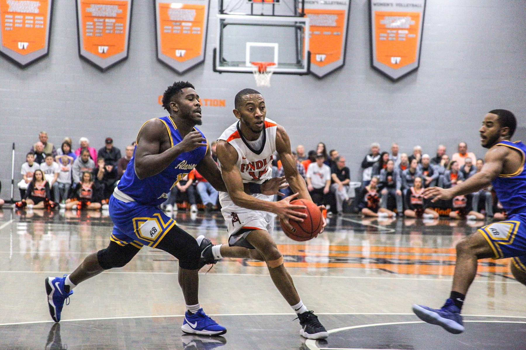Oilers Win 8th Straight | Beat Battlers 79-72