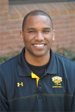 Head Coach Aki Thomas
