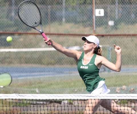 Sage tennis tops Hartwick 5-4 for 4th straight victory!