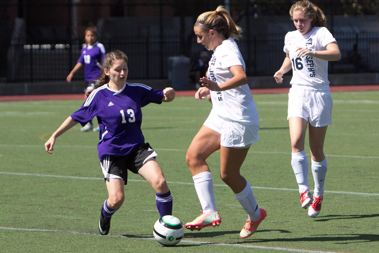 Women's Soccer Overpowered by Albany Pharmacy