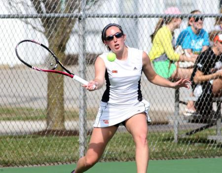 Women's Tennis posts victories over Heidelberg and Indiana Tech