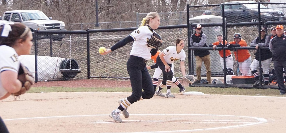 Stellar Pitching Leads Softball to Sweep of Walsh