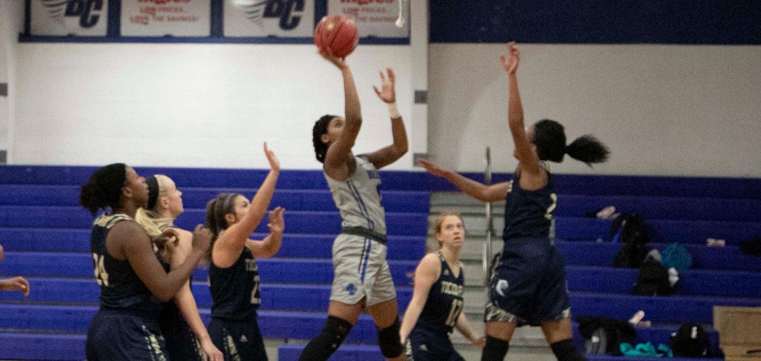 Women's Basketball Drops Hard-Fought Exhibition Game Against USC Upstate