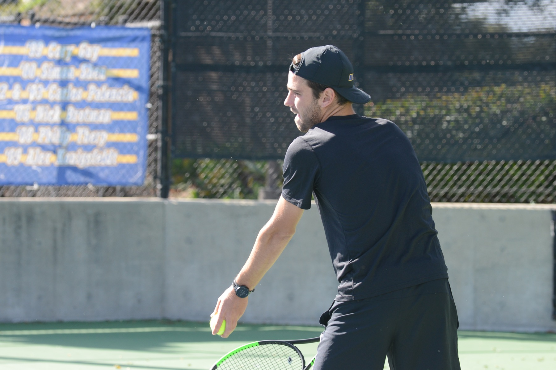Nicolas Moreno de Alboran (photo by Eric Isaacs) pulled out a 6-2, 4-6, 6-3 victory on Sunday continuing his six-game singles streak.