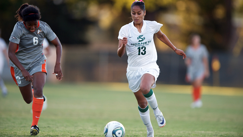 Victoria Ramirez took a game-high five shots but the neither team could score on Sunday.