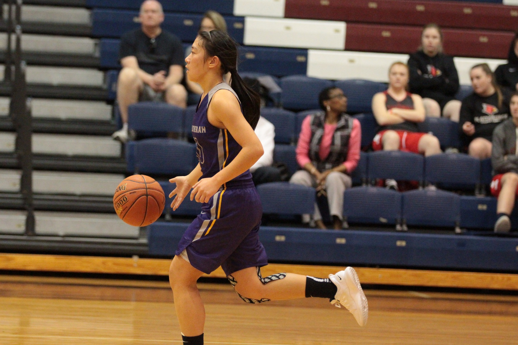 Regals Fall Late to Leopards in 62-Foul Night