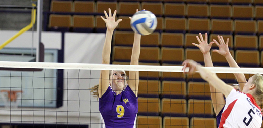 Golden Eagles defeated by Austin Peay in four sets