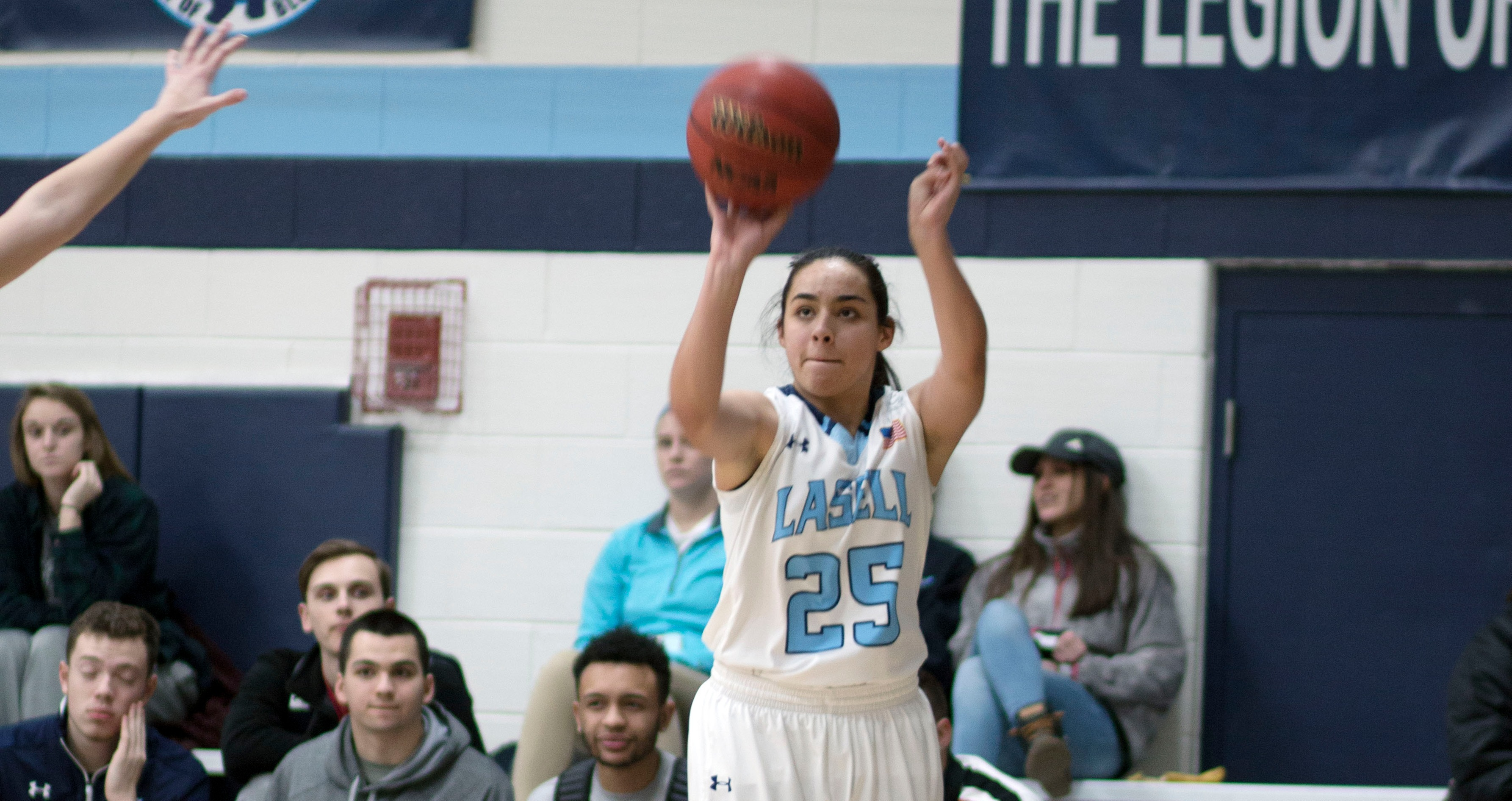 Lasell Women's Basketball downed by Norwich