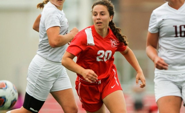 Women's Soccer Comeback Falls Short vs. #19 UW-La Crosse