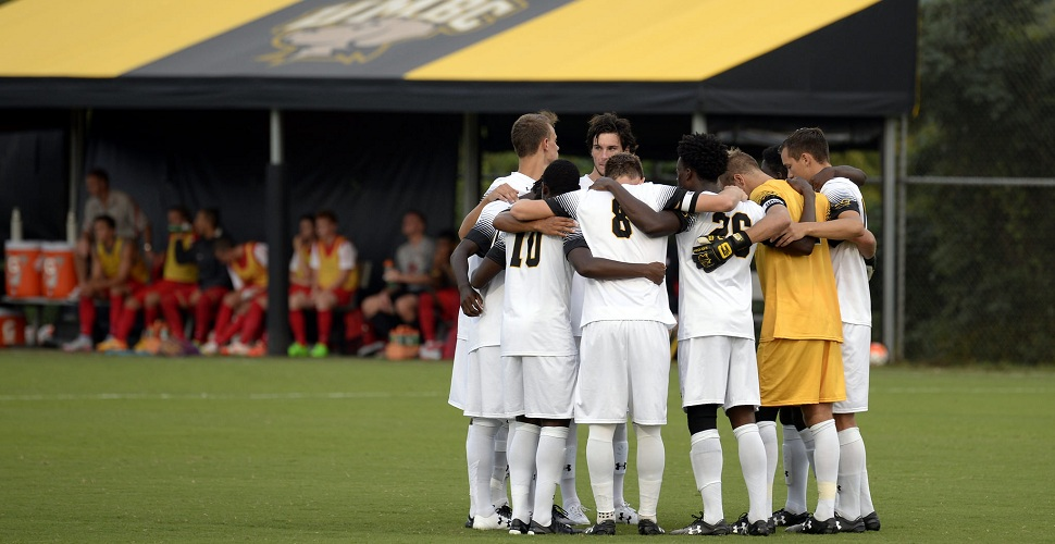 Men's Soccer Hosts Howard Bison on Tuesday Evening