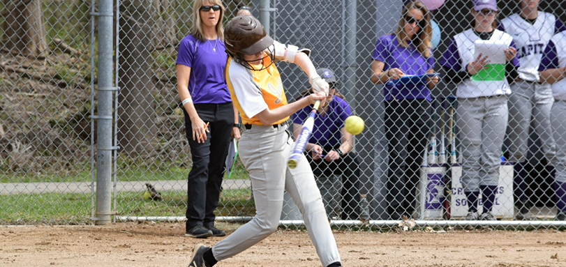 Macy Leach had a career-high four hits and a career-best tying three RBIs in game two. (Photo Courtesy of Jeff Boledovic)