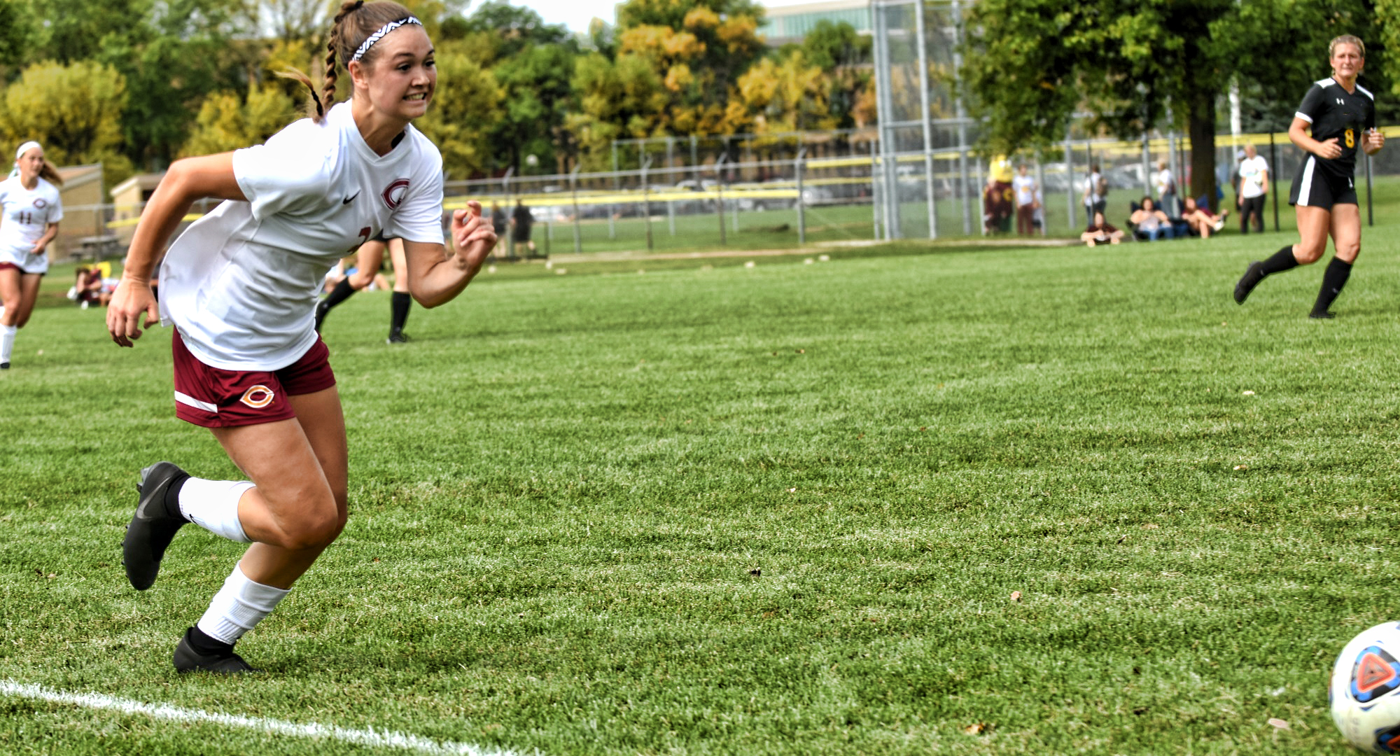 Halle Jordan scored the game-winning goal in the Cobbers' 3-0 win against Hamline.