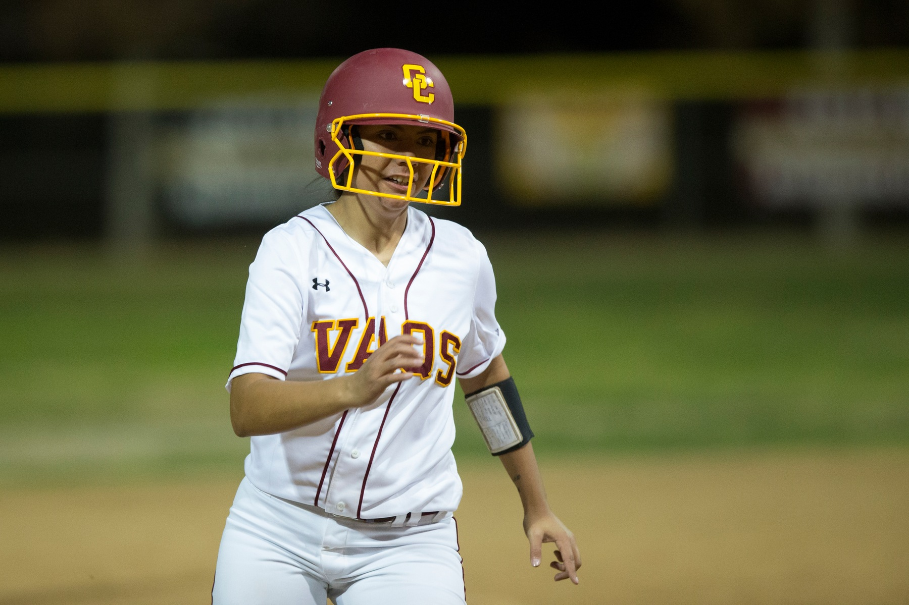 GCC holds on to beat Barstow 10-9; Lilia Montenegro has three hits