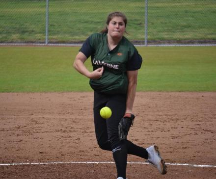 Softball Picks Up Three Straight Wins at Tucson Invite