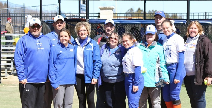 Softball secures Senior Day sweep over Rockford