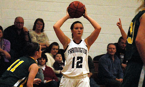 UMF women's hoops ekes out 56-52 win over Maine Maritime in NAC quarters