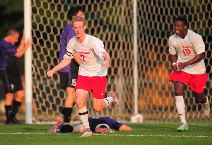 Men's Soccer Breaks in New Turf with 2-1 Victory