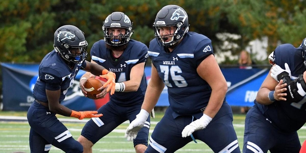 No. 14 Wesley Football Leaves TCNJ with a 31-13 Victory