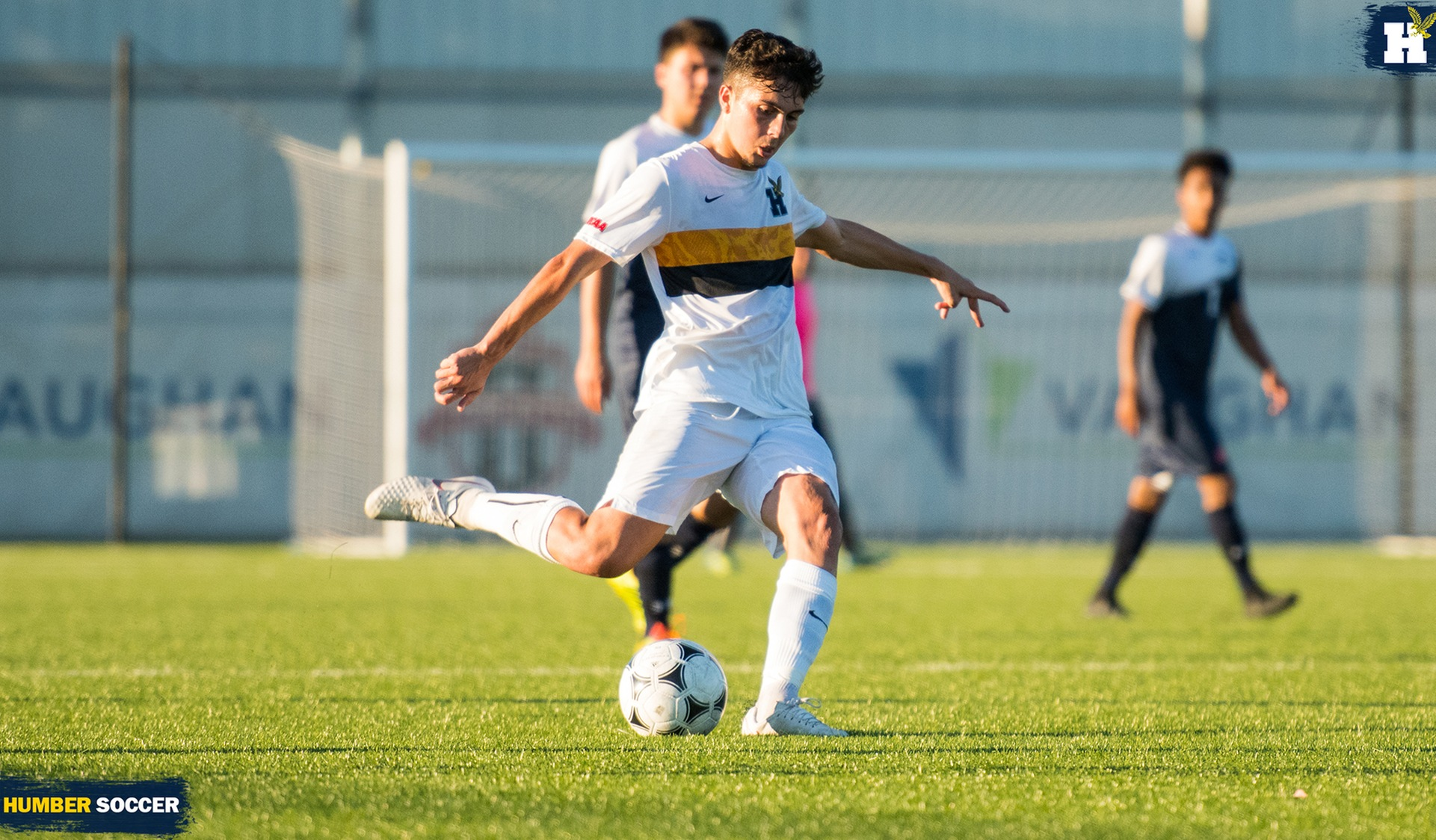 No. 2 MEN'S SOCCER ESCAPE UTM WITH 4-3 VICTORY