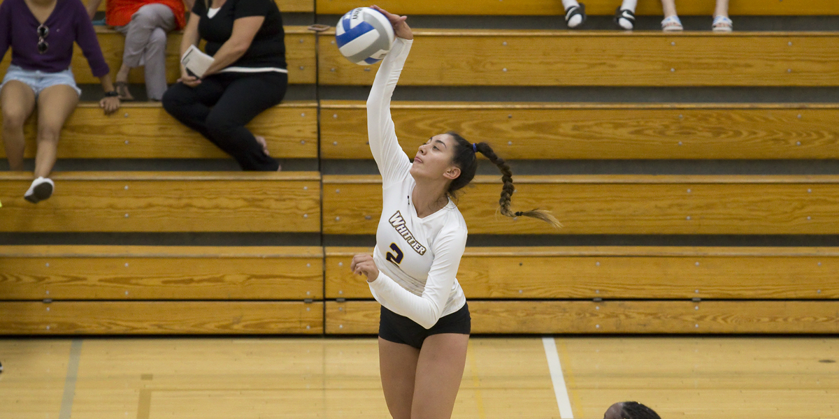 Volleyball holds off Oxy 3-1 in SCIAC Showdown