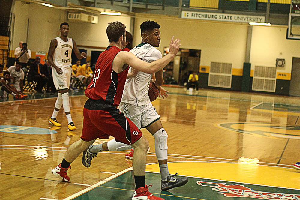 Fitchburg State Edged By Rhode Island College, 68-66