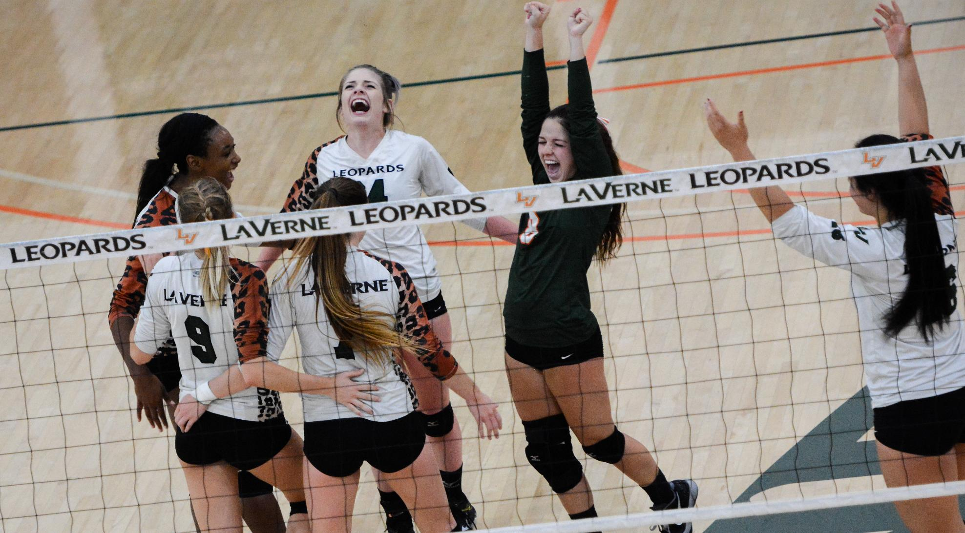 Volleyball takes down No. 4 Cal Lutheran, 3-1