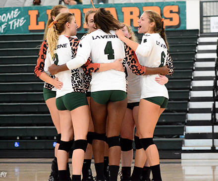Volleyball Gets Off to Perfect Start