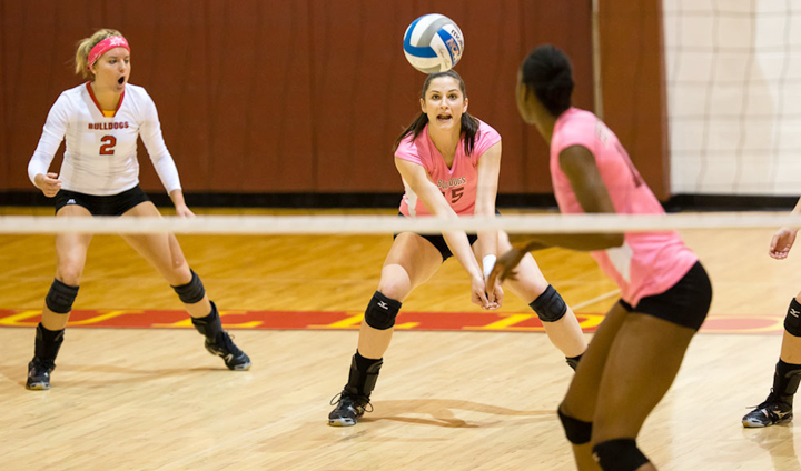 Ferris State Volleyball Sweeps Past Malone In Home Match