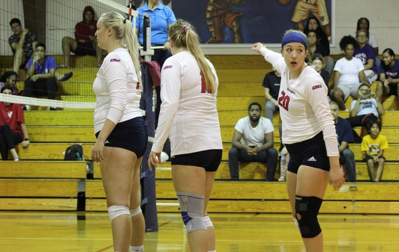 Warriors Volleyball Loses to WilmU at Home