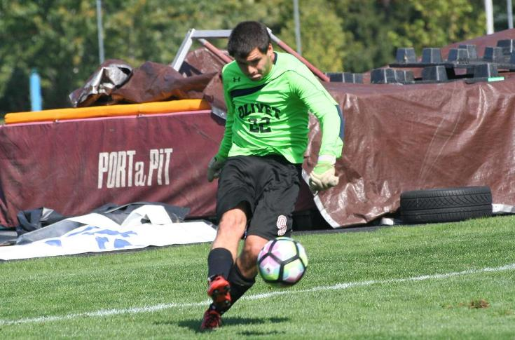 Men's soccer team stymied at Calvin