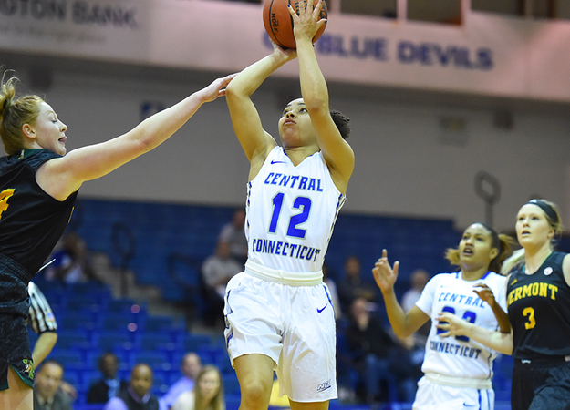 Women's Basketball Seeks Second Straight Win at UMass On Wednesday