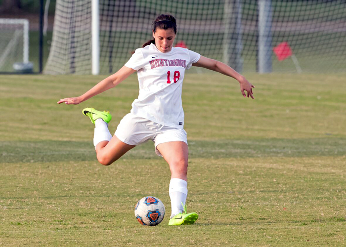 Coco Burgess scored Huntingdon's only goal in a 3-1 loss to Maryville on Saturday. (Photo by Lisa Pearson)
