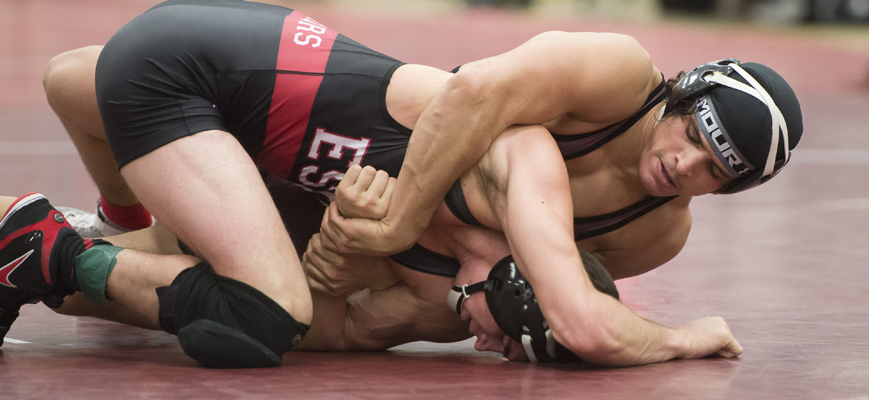 Wrestling Finishes Fifth at Ithaca Invitational Behind Six Top-Five Finishers