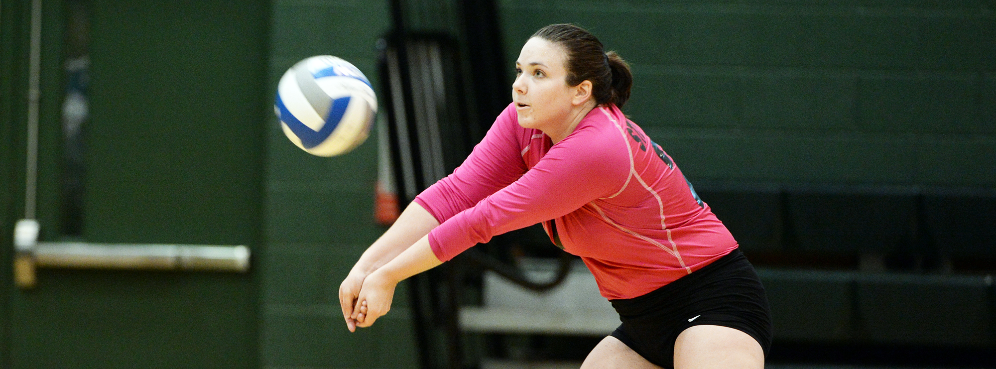 No. 19 Women's Volleyball Picks Up Win No. 30 in Five Sets