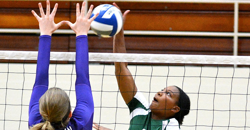 BW sweeps past @DubC_Volleyball