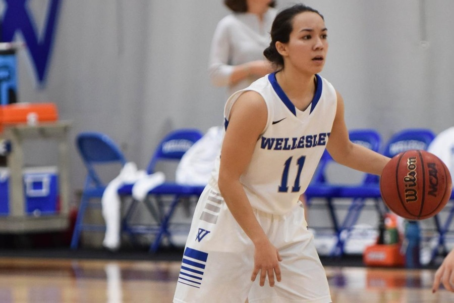 Sophomore Caitlin Aguirre scored a team-high 17 points for Wellesley (Julia Monaco).