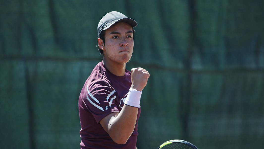 Hinds Men's and Women's Tennis Defeat Holmes on the Road