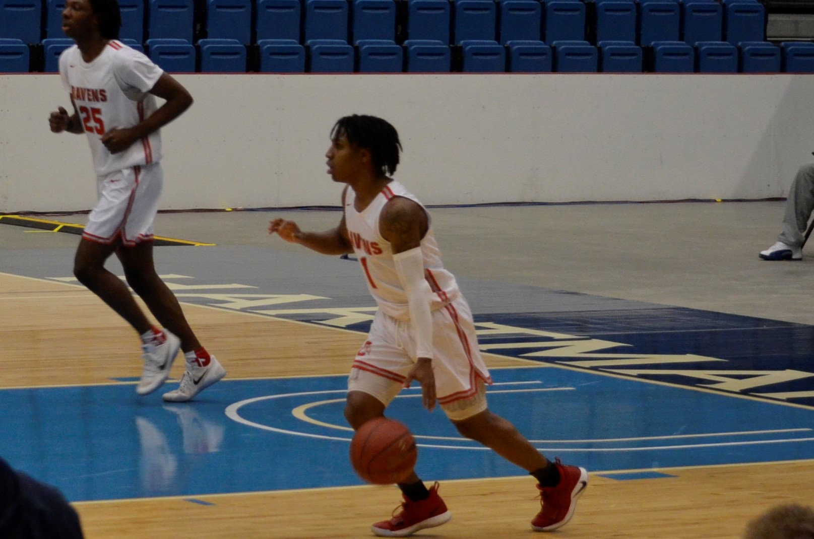 #3 Coffeyville Falls to Hutchinson in Double Overtime
