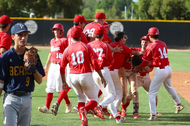 Patty's 4th Hit of the Day Drives In Botello for Walkoff Victory, 2-1 vs Phoenix College