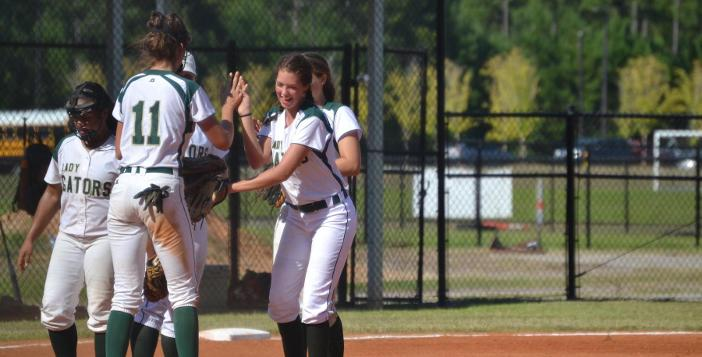Valarie Ortiz tosses No Hitter as Lady Gators Thump New Hampstead