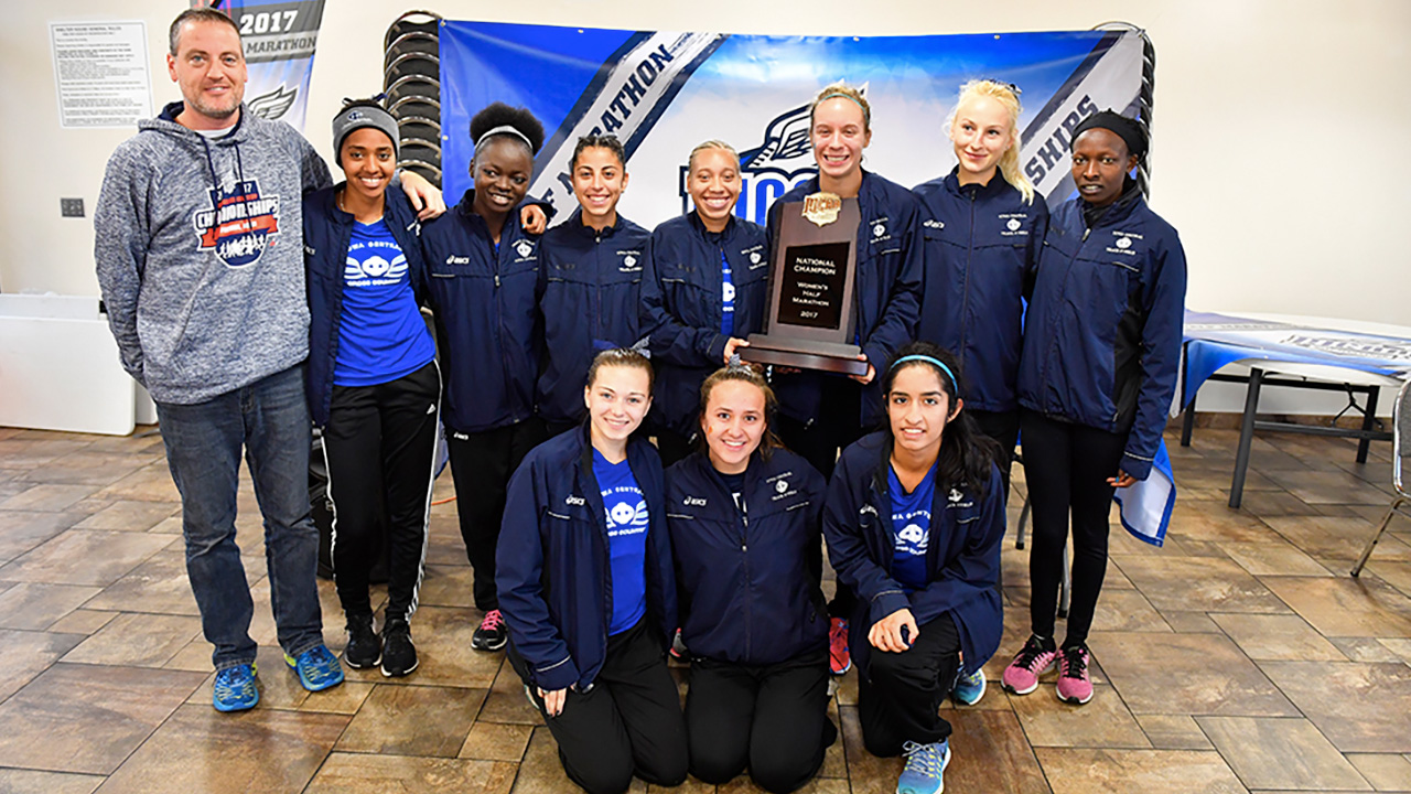 Triton Cross Country Finishes season with Half Marathon Wins