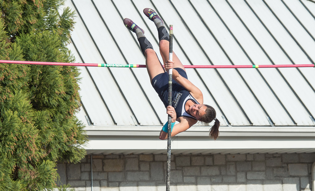 Women's Track & Field Notches Four Event Wins to Finish First at Berry Field Day Invite