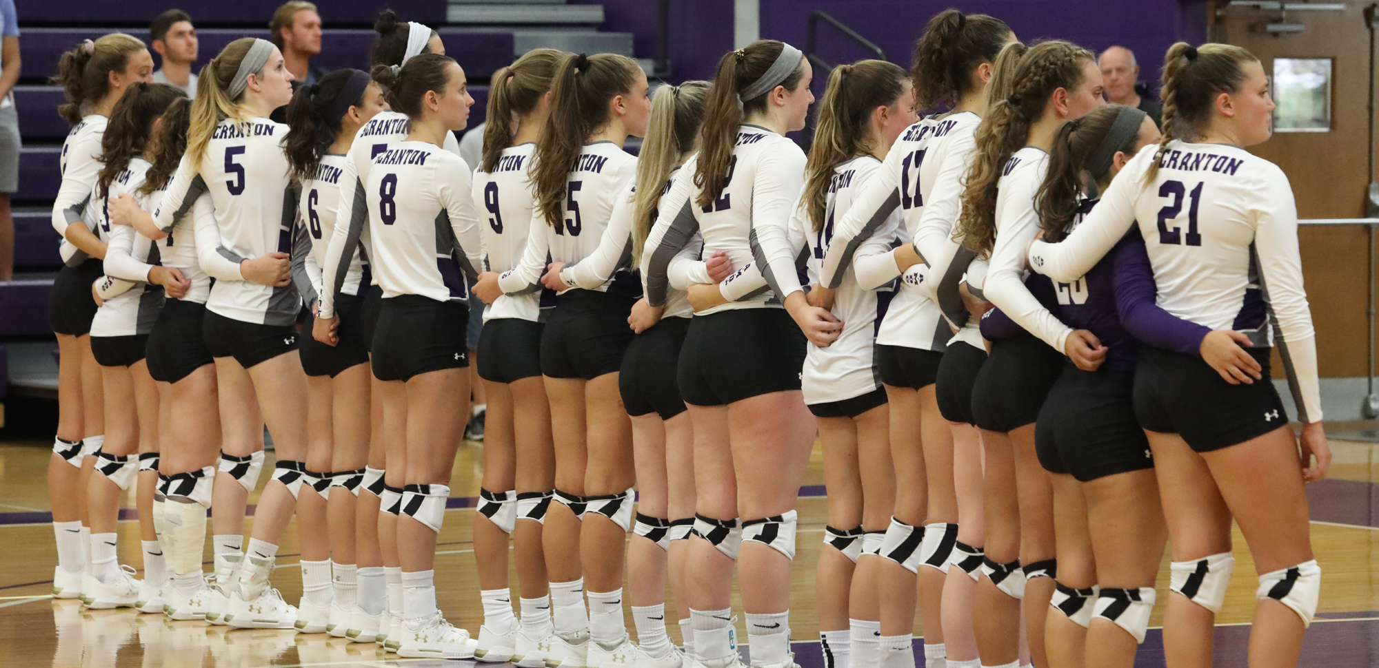 The University of Scranton volleyball team knocked off host York on Saturday in five set, 3-2, to salvage a split in two matches on the day. © Photo by Timothy R. Dougherty / doubleeaglephotography.com
