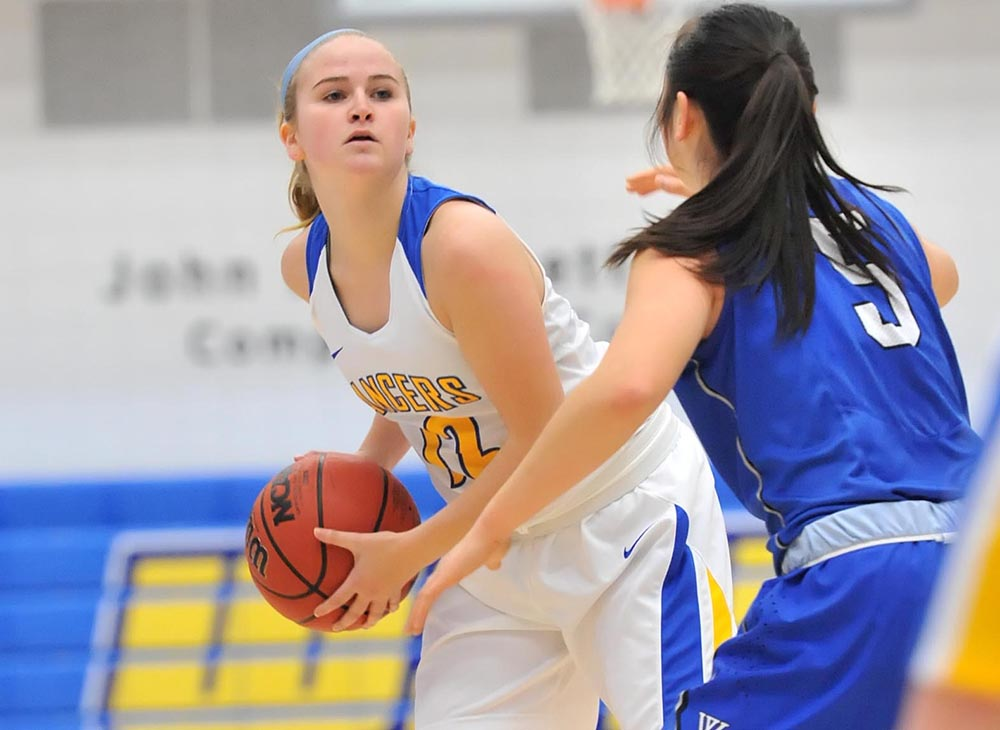Women's Basketball Puts Up a Fight in Setback to UMass Dartmouth